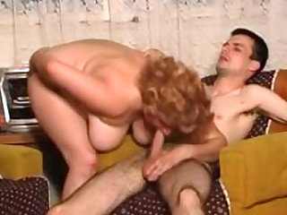 Exquisite and sexy baroness is sucking wonderful penis