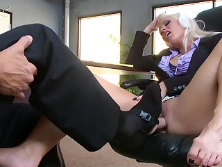 Milf in heats accepts her boss to pull out his dick for her and blag her pussy a few times during a really hot session of office porn
