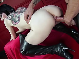 Sofia Valentine is showing her big tits and wearing latex in this hardcore video. Enjoy this brunette pornstar getting her shaved pussy drilled doggy style.