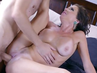 Mommy sure likes the step son shagging her mature pussy in such modes after licking her clit and letting her to suck his cock in sloppy modes