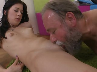Hardcore small-tit babe with cute face gets pounded by that hardcore old man in her shaved puss