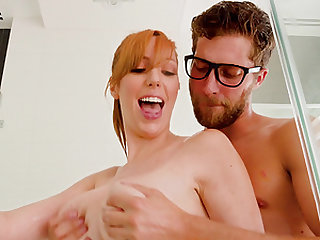 Help Lauren Phillips move her things and she will suck your cock