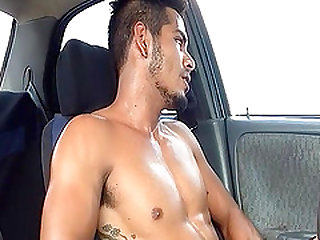 After months of working out at the gym, sexy Damian Cruz is hotter than ever.