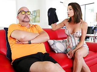 Family Strokes – Stepmom Found My Jizz Rag