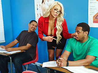 Brazzers – Ms. Shea's Summer School