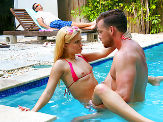 Family Strokes – Summer Seduction