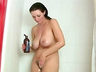 Big Tit Brunette Takes Shower