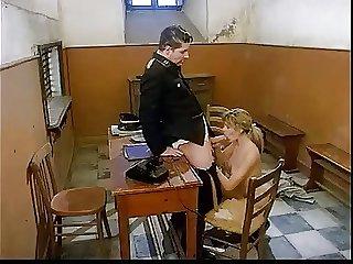 Mas apariciones nazis en el porno italiano