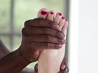 Blonde girl loves to feel the black hammer between her soft feet