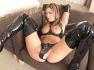 Latex is sexy and kinky on the hardcore Asian girl