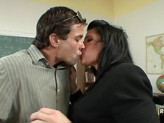Hot Teacher Kendra Secrets Loves Seducing Her Students