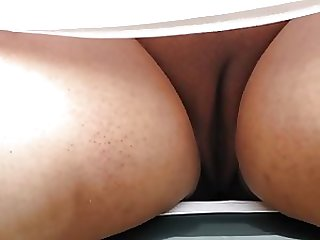 Upskirt Of A Big Beautiful Woman Beefy Pussy