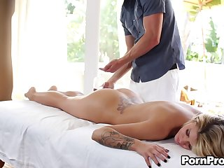 Horny masseur drives his cock into the cunt of Jessa Rhodes