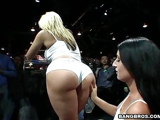Blowjob backstage for big cock