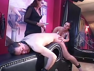It's 10 minutes of torturous pain for the sub male and it includes humiliation too.