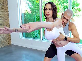 yoga porno