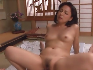 Horny mature enjoys giving hot blowjob for oral