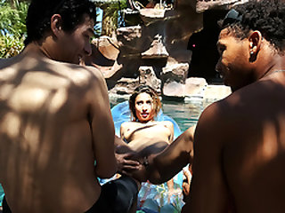 Pool Club Newcummer