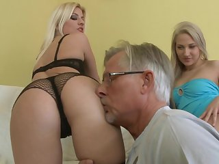 Sweet blondes Jessie Volt and Nicole Evans are having awesome anal sex with that mature dick