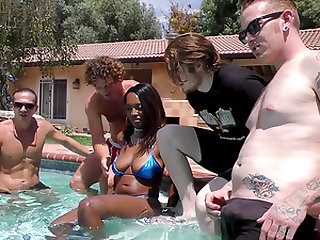 Daya Knight chokes on erected dicks during a hot pool party