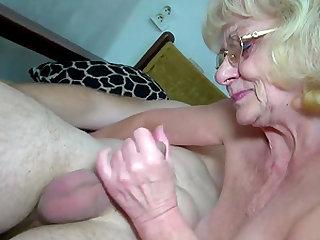Grandma amateur sex toys action compilation homemade granny porn