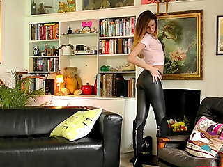 Eva Johnson takes off her leggings for a stiff pleasure rod