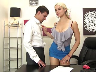 Dirty blonde babe gives a lucky guy a rusty trombone