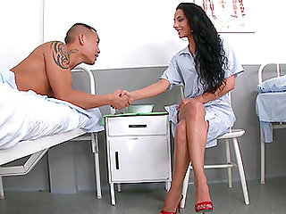 Horny nurse Janet Joy wants to seduce a handsome patient