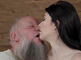Mature man wants to penetrate Mia Evans' stunning body