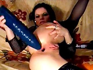 Giant dildo anal fucking