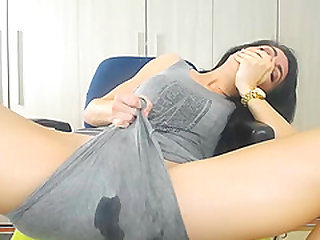 Stunning Small-Titted Shaved Milf Masturbates And Squirts All Over