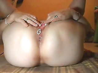 Hot mature Stephanie with anal beads