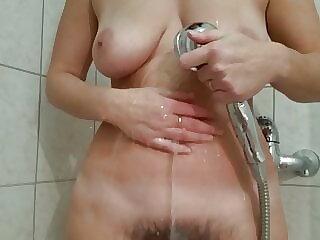 Czech hairy pussy 3