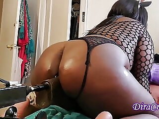 Ebony Oiled Fishnet  BBW Takes Sex Machine In Fat Ass W