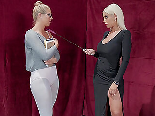 Tight mature lesbian couple Bridgette B and Val Dodds