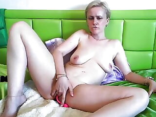 Mature Milf Plays with pussy