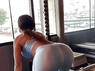 Shirley Arica 3