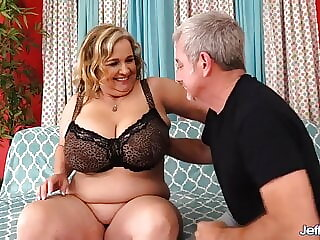 Mature Plumper Cami Cooper Satisfies a Fetishist