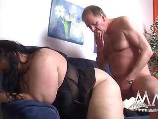 Fingered BBW fucked in her juicy pussy