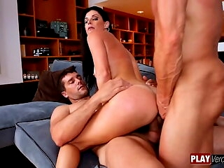 India - dirty talkin DP orgasms