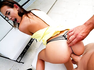 Public Pickups тАУ Bratty Babe Outdoor Sex