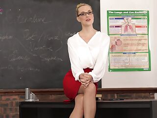 Slutty teacher Ariel Anderssen gets naked and tells erotic stories