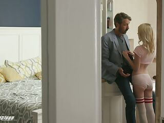 Horny stepdad fucks pretty stepdaughter Kate Bloom and cums on her face