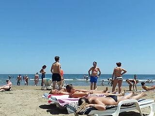 Topless Girls in Valencia Beach