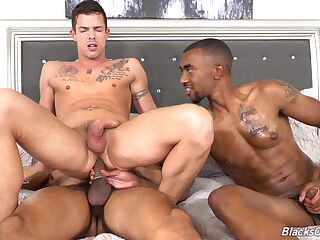 Gay lovers treats themselves with anal in a kinky threesome
