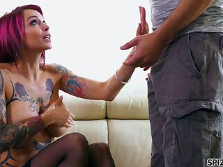 Bosomy emo girlfriend Anna Bell Peaks gives a blowjob and gets nailed