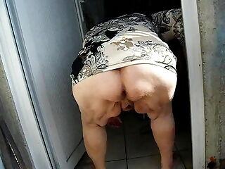 grany pee