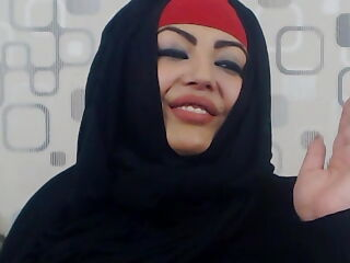 Muslim babe showing off the goods