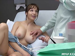 Sex-starved patient Lexi Luna masturbates and gives a tugjob to her boyfriend