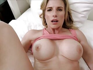 Fucked my Hot Step Mom while She Got Stuck Making the Bed - Cory Chase